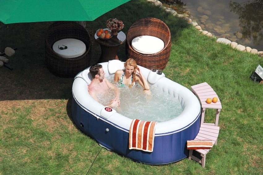 whirlpool outdoor test outdoor whirlpool bezahlbarer luxus f r den garten whirlpool outdoor. Black Bedroom Furniture Sets. Home Design Ideas